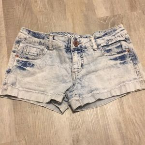 Mossimo supply co (target) Jean shorts.
